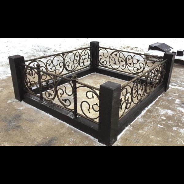 Ограда с гранитом - Комплекс Элегия