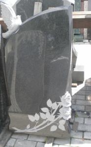 Памятник из гранита габбро-диабаз С голубем