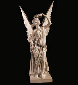 Скульптура - Ангел с венком на голове, арт. 039